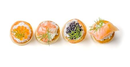 amuse: Pastries with salmon, caviar and shrimp