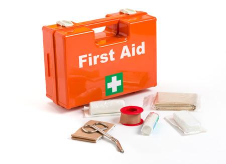 First Aid Kit met verbandmateriaal Stockfoto