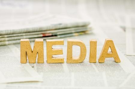 papier mache: Medios de comunicaci�n