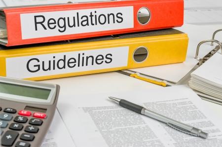 Cartelle con i regolamenti e le linee guida di etichette Archivio Fotografico - 25273204