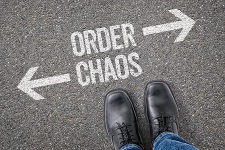 crossroad: Decisi�n en una encrucijada - Orden o Caos