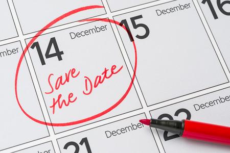 calendario diciembre: Save the Date written on a calendar - December 14