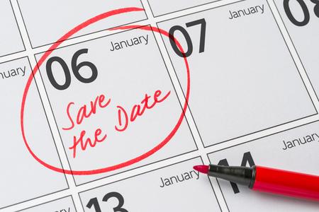 date: Sparen Sie das Datum in einem Kalender geschrieben - 6. Januar