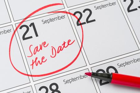Sla de datum op een kalender op - 21 september op Stockfoto