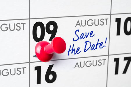 Wall calendar with a red pin - August 09