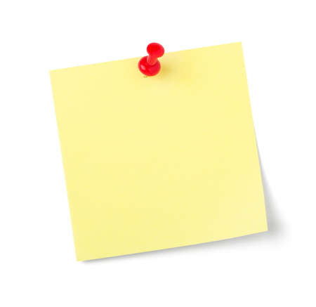 Una nota adesiva con copia spazio su sfondo bianco