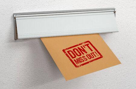 Ein frankierter Brief Verpassen Sie keinen Briefschlitz