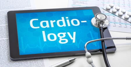 The word Cardiology on the display of a tablet Standard-Bild