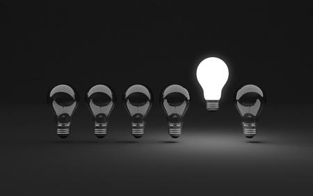 ampoule: Six clairement ampoules, un illumin� Banque d'images
