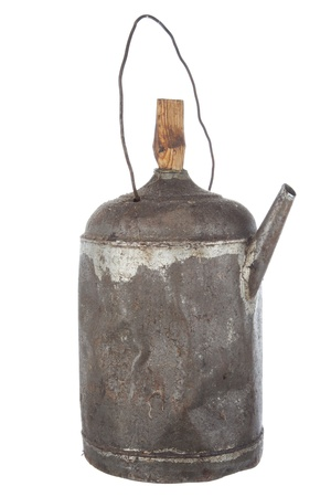 oilcan: Antigue rusty old oil can view on white background
