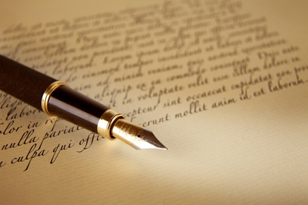 pen and paper: Old letters and pen as a background