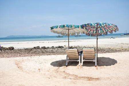 relaxing at koh-lan, pattaya thailand