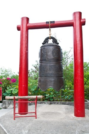 big temple bell in pattaya