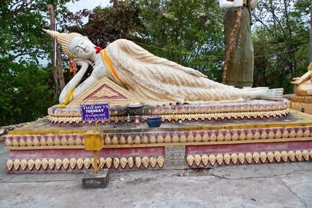 sleeping buddha in thai temple