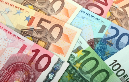 currency symbols: Many euro banknotes