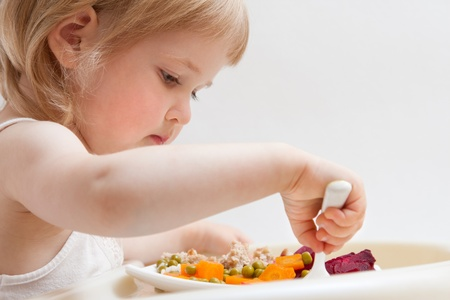 children eating: Healthy eating for a baby