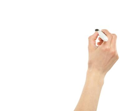 marcador: Primer plano de una mano femenina por escrito con un marcador aislado en blanco, copia espacio