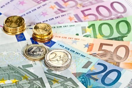 dinero euros: Aumento de capital: los billetes y monedas