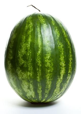 Close-up van een grote watermeloen op een witte achtergrond