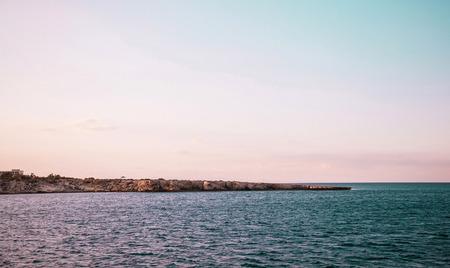blue lagoon: Bella vista sul mare vicino a Blue Lagoon (Aya-Napa, Cipro) Archivio Fotografico