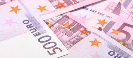 banconote euro: Primo piano di banconote in euro cinquecentesimo Archivio Fotografico