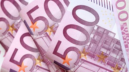 banconote euro: banconote in euro cinquecentesimo Archivio Fotografico