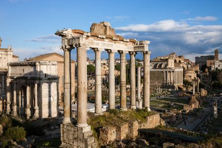 forum romain, célèbre lieu historique