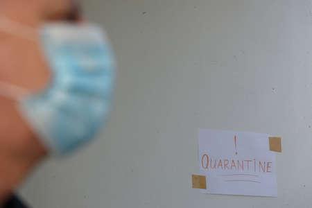 Portrait of a man following quarantine measures Foto de archivo