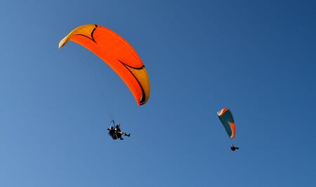 Paragliding extreme sport freedom Stock Photo - 127590665