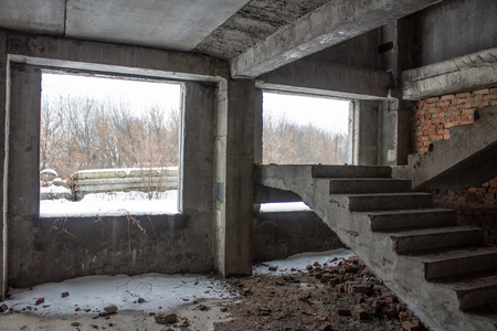 Stair on ruins of the neglected unfinished building Imagens