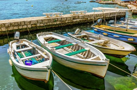 Moored boats in Perast Imagens