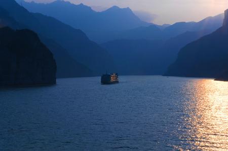 xiling gorge: Xiling Gorge scenic
