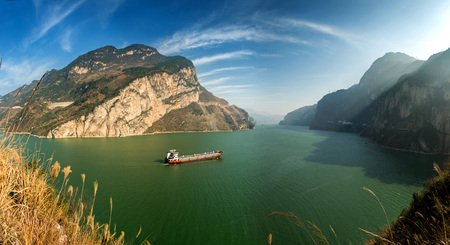 The three gorges shipping