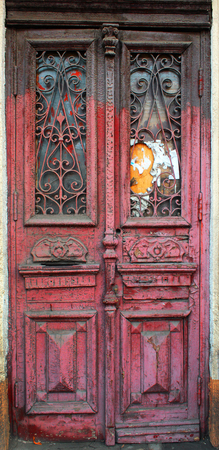 tatty: Old weathered wooden door