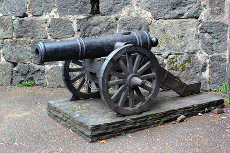 model of ancient cannon