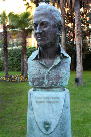 MADRID, SPAIN - DECEMBER 12, 2016: Statue of Baron Hans Heinrich Thyssen-Bornemisza, noted industrialist, art collector and founder of Thyssen Bornemisza Museum in Madrid, Spain.