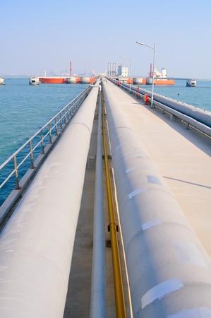 Oil Pipeline at the pier Imagens