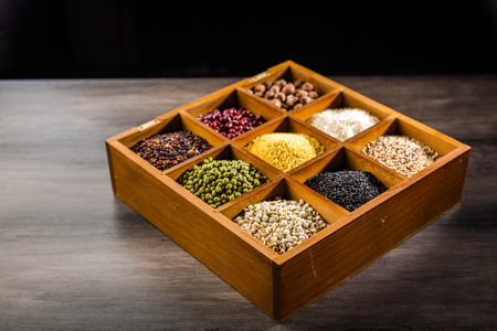 Variety of legume and grains in a box Standard-Bild - 101475687