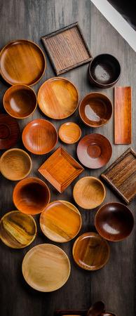 Wooden tableware Standard-Bild - 101420162