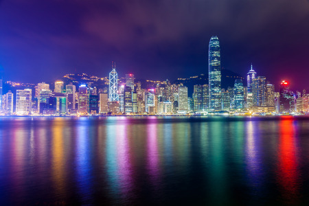 Hong Kong skyline in de nacht