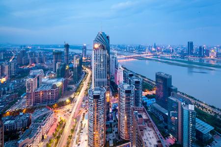 中国の深セン街の夜