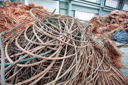 materia prima: Materia prima di filo di rame nel settore energetico