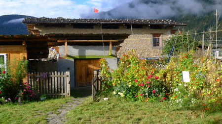 tibetan house: Tibetan house in Lulang, a small village in Tibet, 3600 meters above sea level