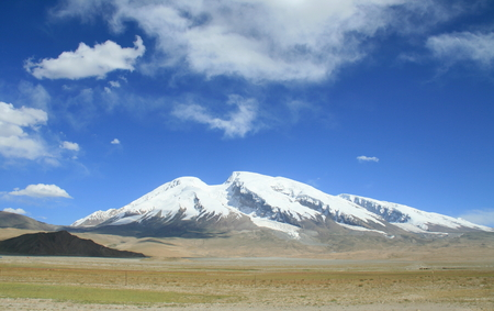 xinjiang: Mont Muztag Ata, le père de montagnes de glace, sur le plateau de Pamir, Taxkorgan, Kashgar, Xinjiang, en Chine