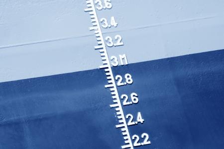 linea de flotaci�n: primer plano de flotaci?arcada en el buque