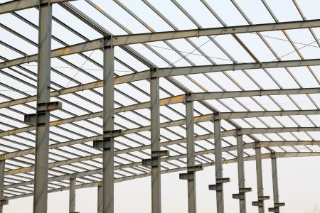 工場で工業生産ワーク ショップ屋根鉄骨梁