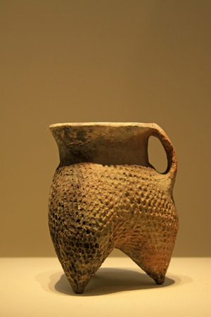 restore ancient ways: CHINA - KESHENGZHUANG CULUTURE (C. 2500-2000 BC) : Pottery Li ( cooking vessel), Keshengzhuang Culture (c. 2500-2000 BC) , collection in the China national museum, Beijing, China.