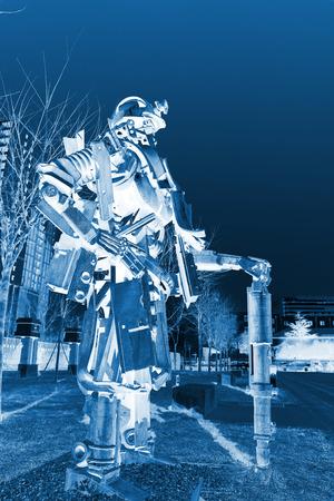 mineros: Tangshan - 2 de enero: La escultura de metal imagen mineros, en el parque nacional de desminado Kailuan, el 2 de enero de 2014, la ciudad de Tangshan, provincia de Hebei, China. Editorial