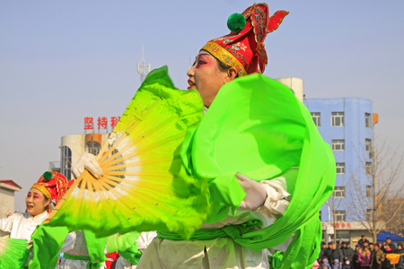 ms: LUANNAN COUNTY - MARCH 2: traditional Chinese style yangko dance performances in the square, on march 2, 2015, Luannan County, Hebei province, China Editorial