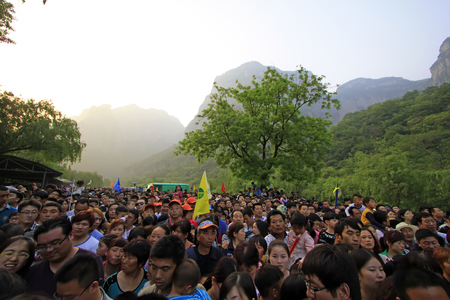 agitated: Jiaozuo city - May 2: yuntai mountain scenic spot and tourists, on May 2, 2015, jiaozuo city, henan province, China.